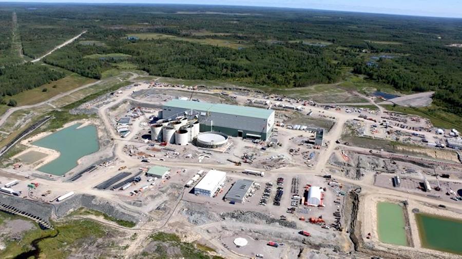 Mine d'Or Rainy River Ontario Canada Compagnie NewGold