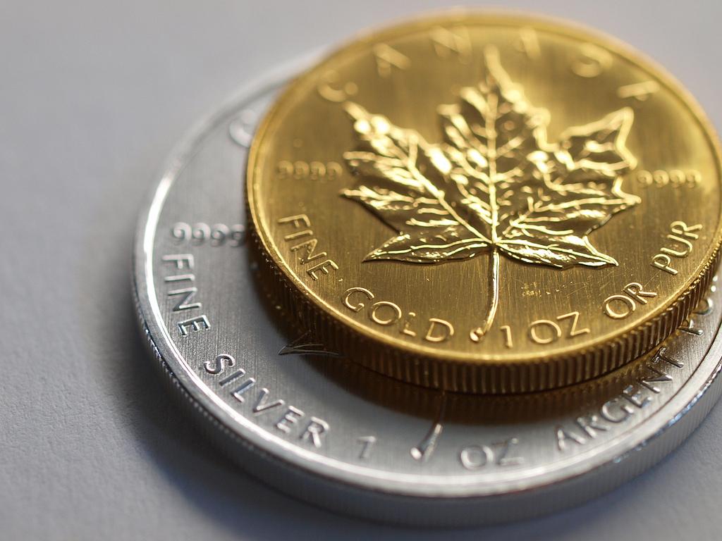 Pièce Maple leaf en or et argent